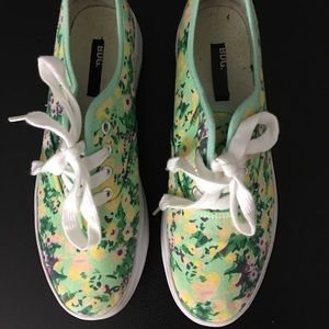 Floral creepers !!